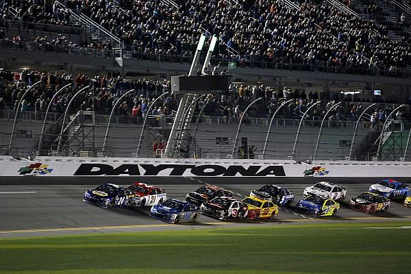 NASCAR Sprint Cup NASCAR announces 2017 start times, moving closer to primetime