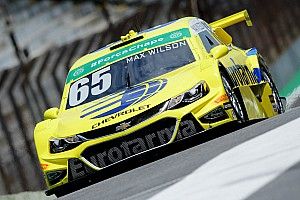 Stock Car Brasil Relato do treino livre Max Wilson é mais veloz no TL2; Fraga é 4º e Barrichello 23º