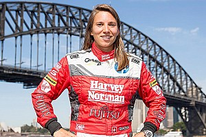 Supercars Breaking news Simona de Silvestro to join Australian Supercar championship in 2017