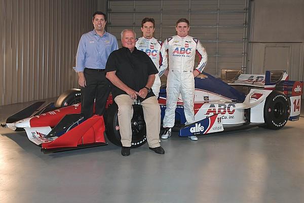 IndyCar 速報ニュース 【インディカー】A.J.フォイト、ホンダから12年ぶりにシボレーへ