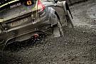 WRC Turán Frigyes és Zsiros Gábor nehéz nap után a célban a Wales Rallye-n