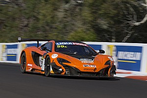 Endurance Qualifying report Bathurst 12 Hour: Record-breaking pole for McLaren