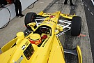 IndyCar Castroneves remains worried over race pace
