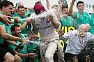 Formula 1 Hamilton gives Mercedes mechanics vote of confidence