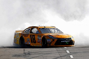 NASCAR Sprint Cup Race report Kyle Busch completes the sweep with dominant Martinsville win