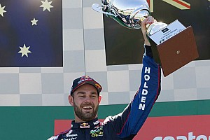 Supercars Race report Albert Park V8s: Van Gisbergen holds of Coulthard in finale