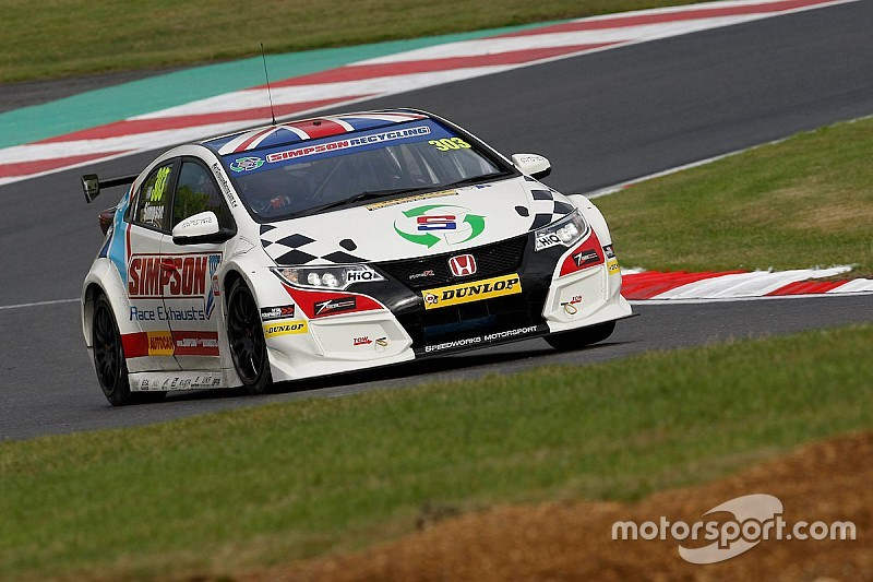 Team Dynamics adds Simpson to 2017 BTCC line-up