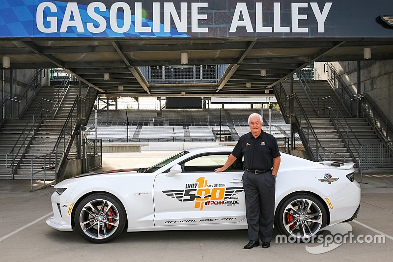 penske to drive camaro pace car for 100th indy 500. Black Bedroom Furniture Sets. Home Design Ideas