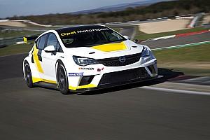 TCR Deutschland News Verspätete Premiere: Neuer Opel vor erstem Einsatz in der TCR Deutschland
