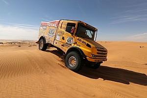 Cross-Country Rally BRÉKING Africa Eco Race: Két gyári Kamaz a magyar Scania mögött