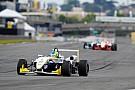 Fórmula 3 Brasil Samaia suporta pressão de Iorio e vence corrida 2 da F3