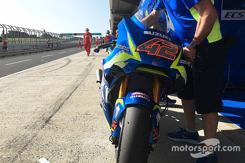 MotoGP 2017: Suzuki, Aprilia trial new winglet fairings in testing