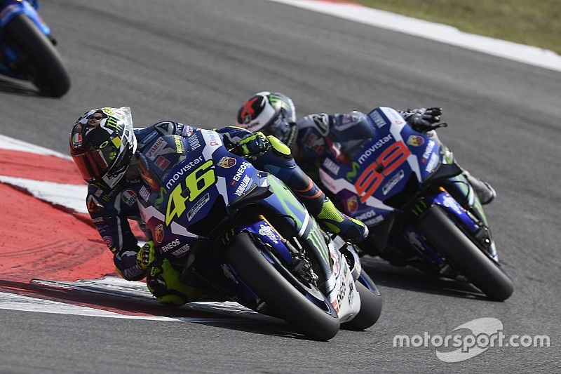 """Rossi: """"I won't allow Lorenzo to say I'm a dirty rider"""""""