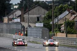 #46 Thiriet by TDS Racing Oreca 05 Nissan: Pierre Thiriet, Mathias Beche, Ryo Hirakawa, #41 Greaves Motorsport Ligier JSP2 Nissan: Memo Rojas, Julien Canal, Nathanael Berthon