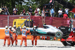 Temporada 2016 F1-spanish-gp-2016-the-mercedes-amg-f1-w07-hybrid-of-race-retiree-nico-rosberg-mercedes-am