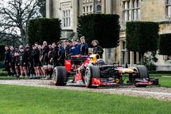 Daniel Ricciardo, Red Bull Racing and Bath rugby members