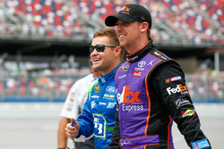 Ricky Stenhouse Jr., Roush Fenway Racing Ford, Denny Hamlin, Joe Gibbs Racing Toyota