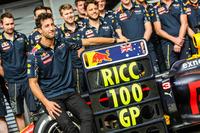 Formula 1 Photos - Daniel Ricciardo, Red Bull Racing celebrates his 100th GP with the team