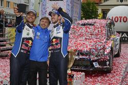 Winners Andreas Mikkelsen, Anders Jäger, Volkswagen Polo WRC, Volkswagen Motorsport with Jost Capito, Volkswagen Motorsport Director