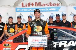 Martin Truex Jr. ganó la Coca-Cola 600 con dominio total Nascar-cup-charlotte-2016-polesitter-martin-truex-jr-furniture-row-racing-toyota