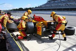 Ryan Hunter-Reay, Andretti Autosport Honda, pit action