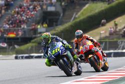 MotoGP 2016 Motogp-catalan-gp-2016-valentino-rossi-yamaha-factory-racing-marc-marquez-repsol-honda-tea