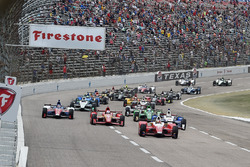 Start: Carlos Munoz, Andretti Autosport Honda leads
