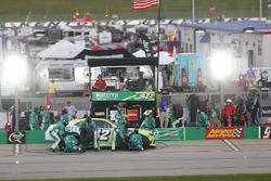 Justin Marks, Chip Ganassi Racing Chevrolet pit action