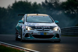 #250 Lubner Motorsport, Opel Astra OPC Cup: Sandro Rothenberger, Norbert Mehling, Rogerio Carvalhais, Matthew Mc Fadden