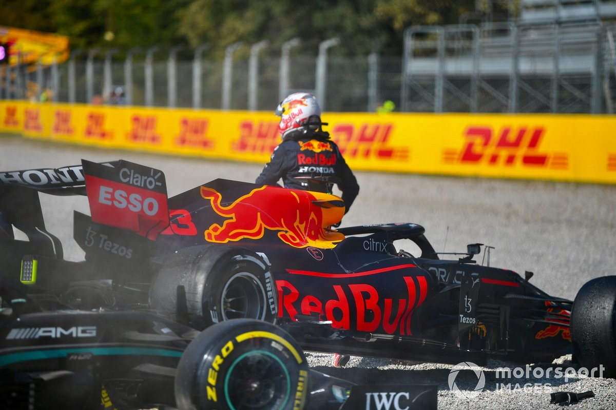 Max Verstappen, Red Bull Racing, walks away from his damaged car