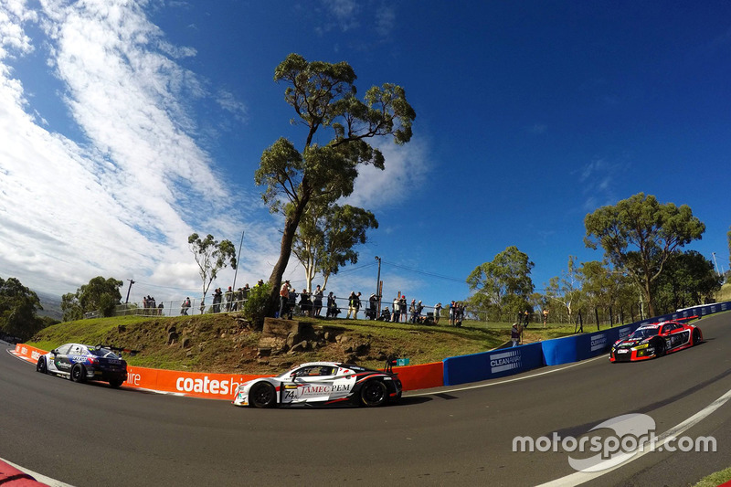 6. #74 Melbourne Performance Centre Audi R8 LMS: Christopher Mies, Christopher Haase, Marco Mapelli