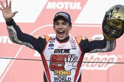 MotoGP 2016 Motogp-japanese-gp-2016-podium-race-winner-marc-marquez-repsol-honda-team