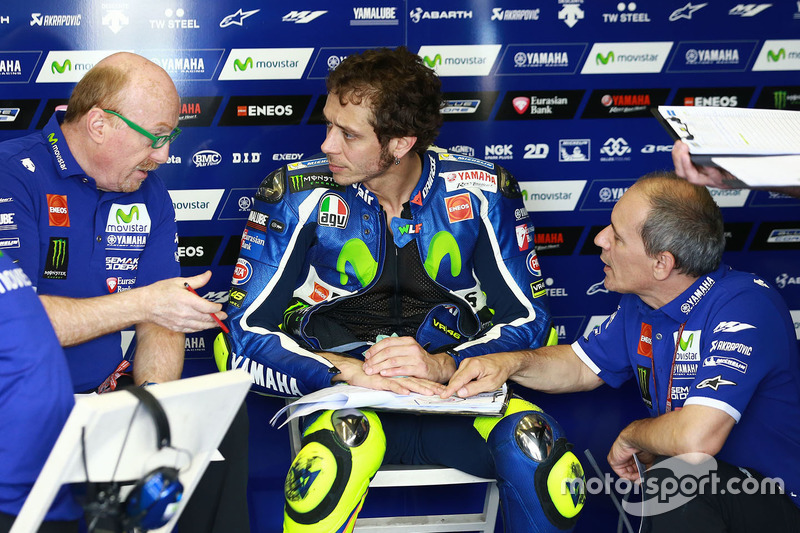 Valentino Rossi, Yamaha Factory Racing with Silvano Galbusera and Luca Cadalora