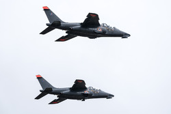 French Air Force fighter pilots and racing drivers swap rides