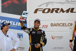Podium: second place Roy Nissany, Lotus