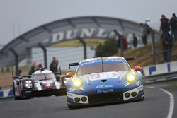 #78 KCMG Porsche 911 RSR: Christian Ried, Wolf Henzler, Joel Camathias