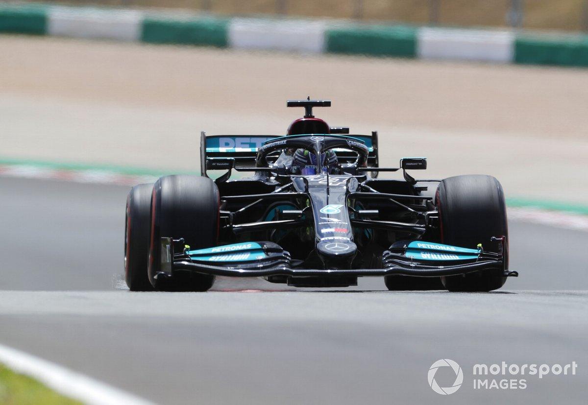 P2 Lewis Hamilton, Mercedes W12