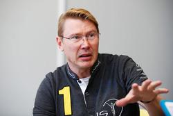Mika Hakkinen, Laureus World Sports Academy member