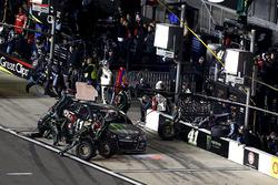 Pit stop Kurt Busch, Stewart-Haas Racing Chevrolet