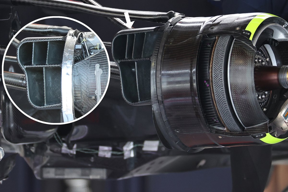 Detalle del ducto de freno del Red Bull Racing RB16B.