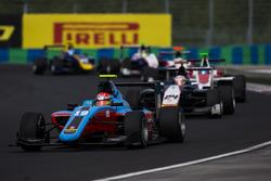 Richard Gonda, Jenzer Motorsport leads Konstantin Tereschenko, Campos Racing