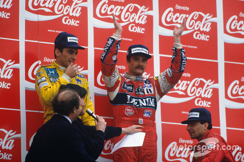 Podium: race winner Nigel Mansell, Williams, second place ...