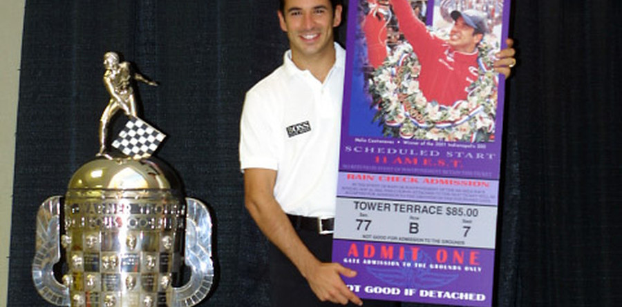 IRL: Helio Castroneves unveils image on Borg Warner Trophy