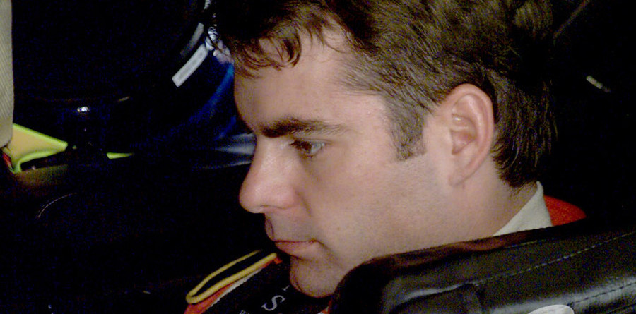 Jeff Gordon grabs Bristol pole