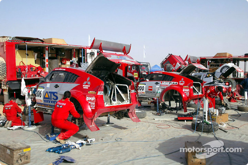Dakar: Mitsubishi rest day Siwa report