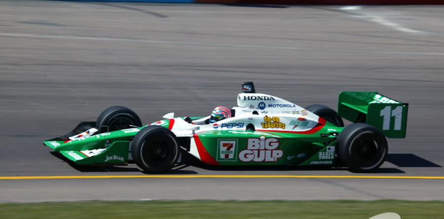 IRL: Brazilian podium with Kanaan on top at Phoenix