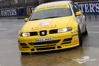 BTCC: Plato the rainmaster in Silverstone second practice