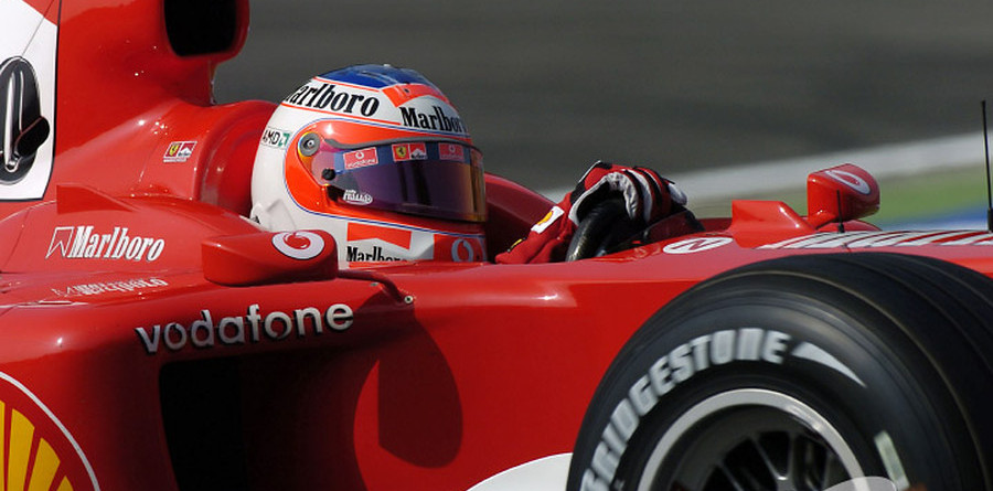 Barrichello puts Ferrari on pole for Italian GP