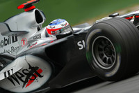 McLaren flies in final German GP practices