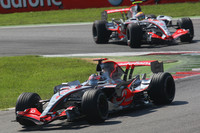 Alonso takes dominant Italian GP victory